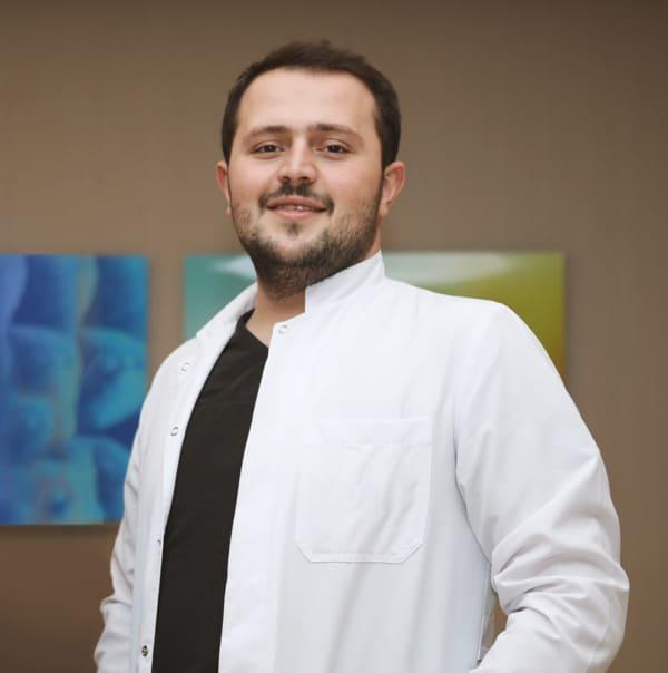 Portrait of Dr Fadil Balwi